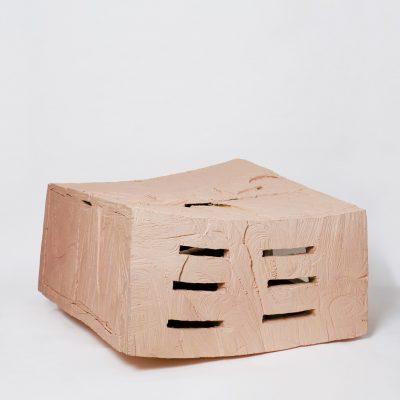 """Rosa Kiste gebogen"", Kirschholz und Acryl , 81x 90x 39 cm, 1999"