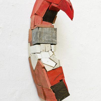 """Gedanke an T.B.""verschiedene Hölzer, Acryl, 83x 24x 31 cm, 2008"