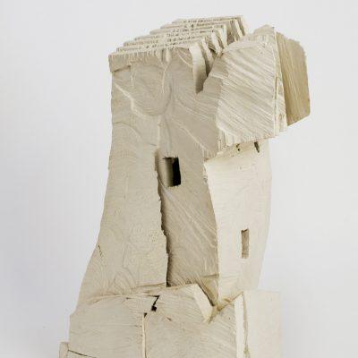 """""""Weißer Engel"""", Kirschholz und Öl, 23x 33x 53 cm, 2004"""