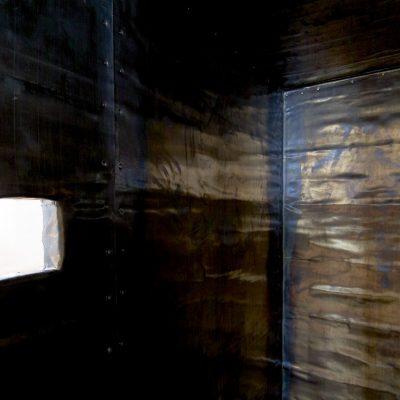 """""""Bleikiste"""", Detail, Bleiblech u Fichtenholz, 90x 115x 197cm, 2007"""
